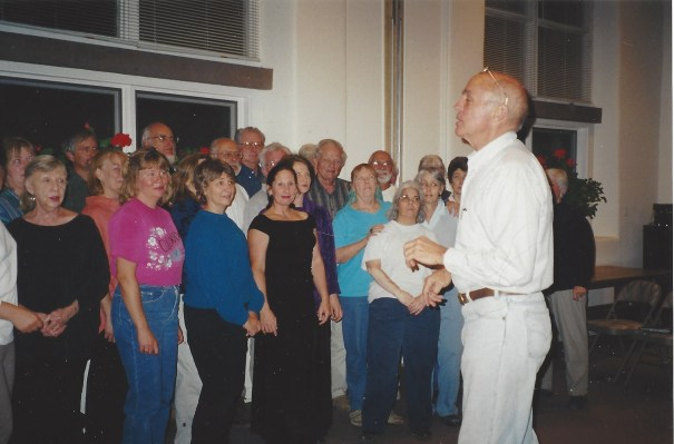 tcoc-2001-bob-draper-rehearses-at-st-james-parish-hall